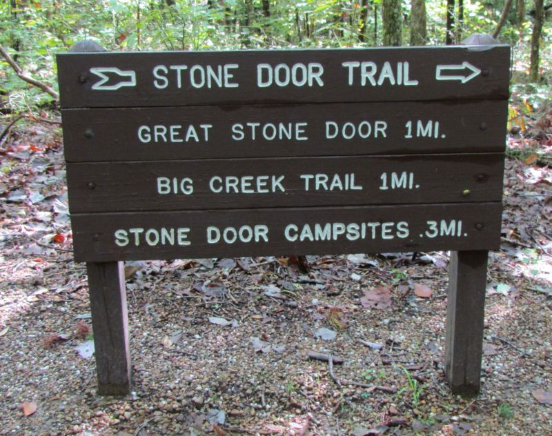 Trail sign ... : stone door trail - pezcame.com